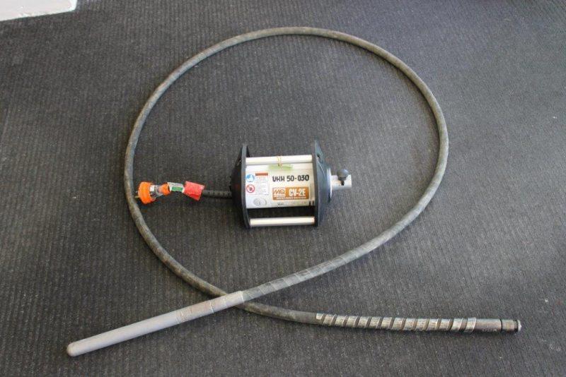 Concrete electric vibrator
