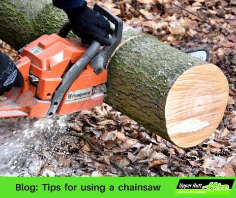 Chain saw chainsaw rent borrow hire power tool Upper Hutt Hire
