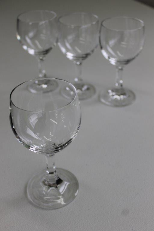 Glass Wine Red 250ml